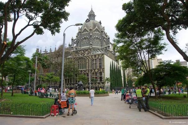 Plaza Botero: Medellin, Colombia