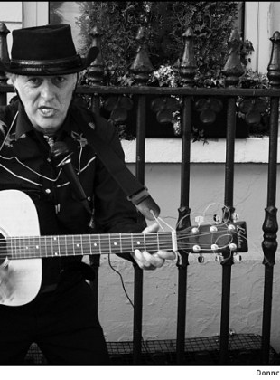Cobh Street Entertainer