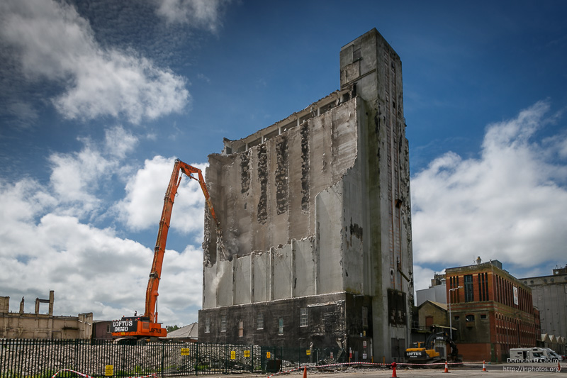 Demolition of the Miag Grain Silo