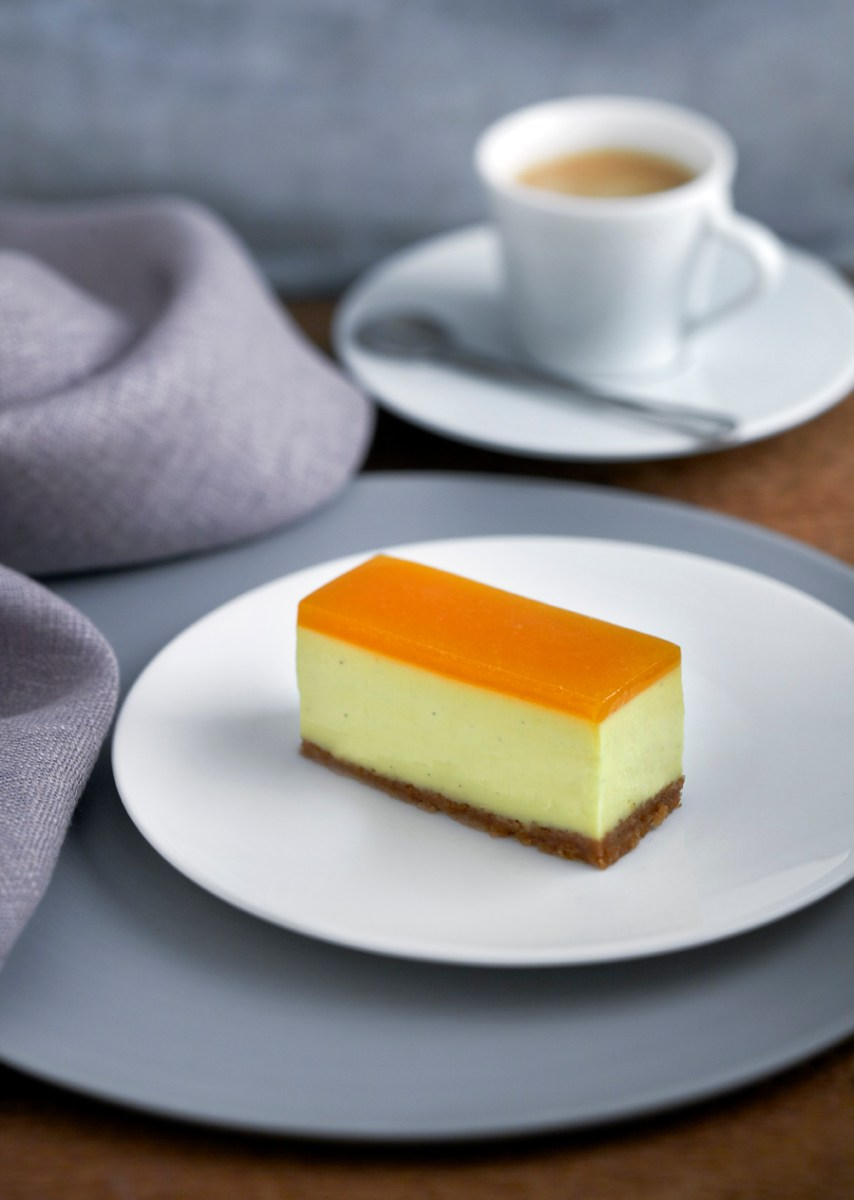 Brillat Savarin cheesecake with a coffee crust and apricot glaze recipe