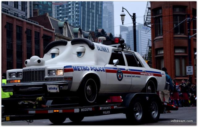 Toronto Santa Claus Parade 2014 Blinky