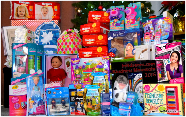 Kindness Mountain, Christmas donations, Christmas 2016, Social good, Meaningful, Giving back, Community, Kawartha Lakes