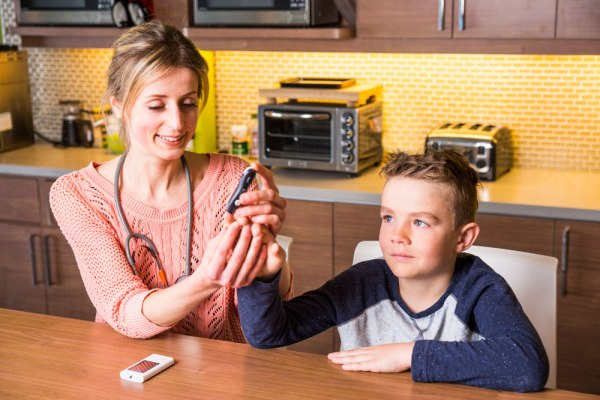 How to Test Your Child's Blood Glucose Levels