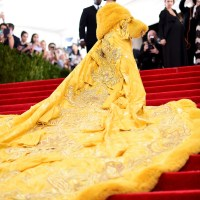 Rihanna Destroys The 2015 Met Gala