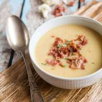Whole30 approved cauliflower soup!