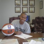 Lamar Hull signs European contract with the Kings Lynn Fury with the help of USA Select Basketball