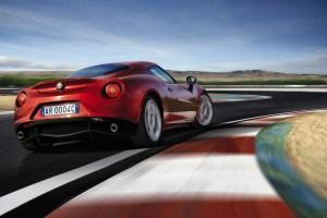 Alfa-Romeo-4C_Carscoops32[2]