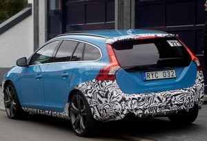 spyshots-volvo-v60-polestar-caught-being-tested-on-nurburgring-photo-gallery-medium_8
