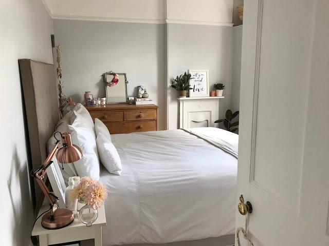 dekorasi kamar tidur sehat dengan tanaman lilin aromaterapi