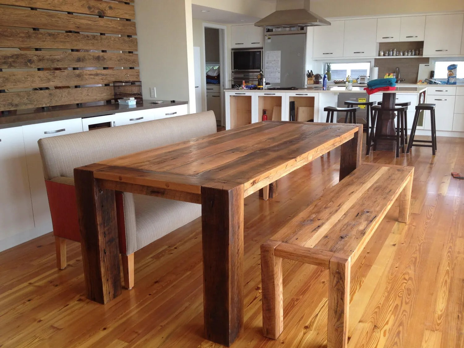 Splendid Reclaimed Wood Table Reclaimed Wood Tables To Make Your Home Feel More Reclaimed Wood Table Diy Reclaimed Wood Table Base houzz-03 Reclaimed Wood Dining Table