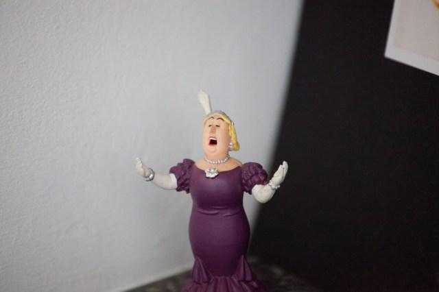 Bianca Castafiore en una figurita de plástico, como buena belga.