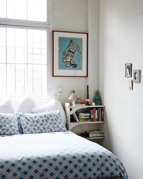 Dormitorio principal con la ventana como cabecero. ¿Por qué no?