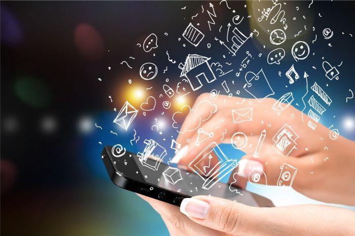 Anuncios móviles intersticiales: Llaman la atención, pero poco se ven