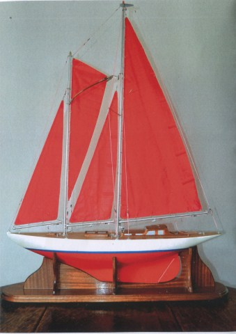Model yacht 2