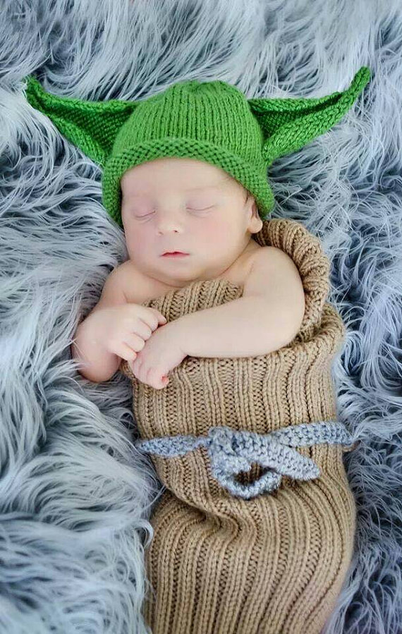 Knitting pattern for Yoda Baby Bunting and Hat set