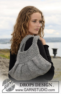 Bag With Pleats and Moss Stitch Free Knitting Pattern | Bag, Purse, and Tote Free Knitting Patterns at http://intheloopknitting.com/bag-purse-and-tote-free-knitting-patterns/