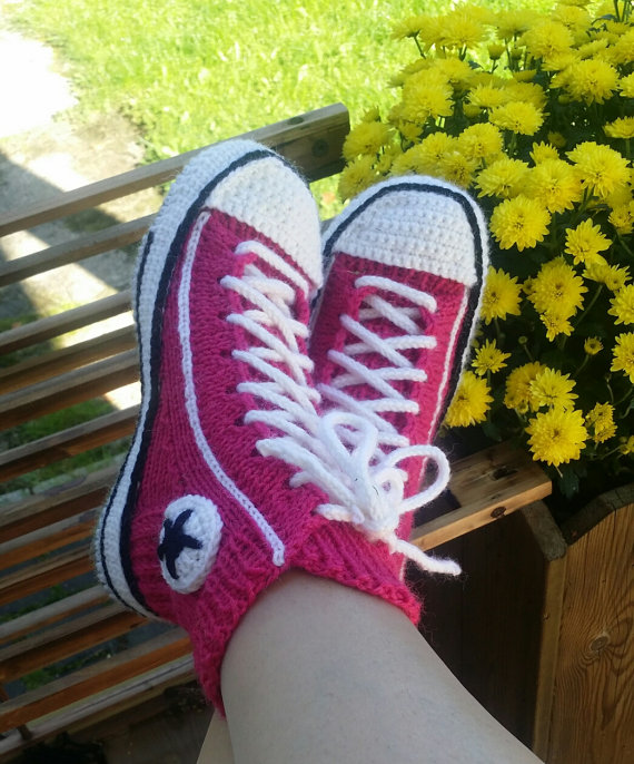 Knitting Pattern For Converse Socks : Free Slipper Knitting Patterns In the Loop Knitting
