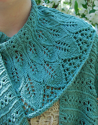 Free Knitted Shawlette Patterns : Free Shawl and Wrap Knitting Pattterns In the Loop Knitting