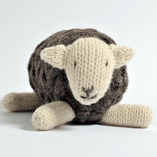Sheep Knitting Pattern : Sheep and Lamb Knitting Patterns In the Loop Knitting