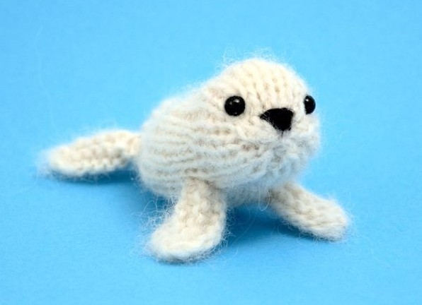 Free knitting pattern for Baby Seal and more sea creature knitting patterns