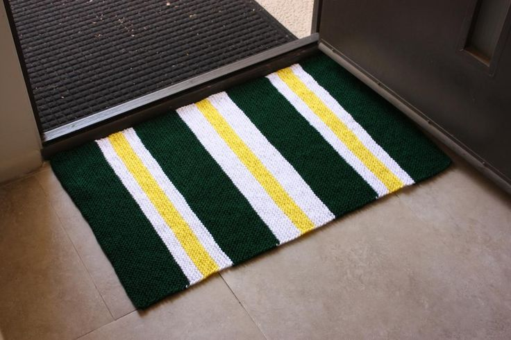 Free knitting pattern for Very Simple Rug and more free knitting patterns