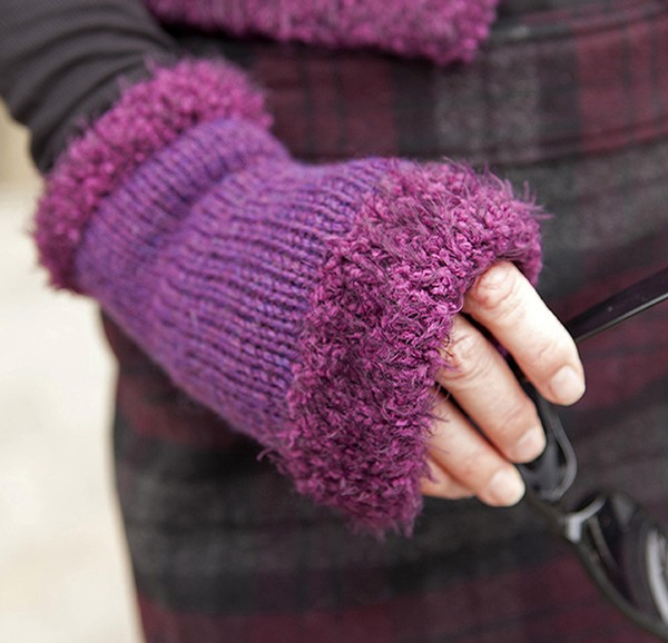 Easy Knitting Pattern Hand Warmers : Wrist and Hand Warmer Knitting Patterns In the Loop Knitting