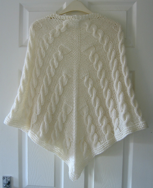 Free Knitting Pattern For Triangular Shawl : Easy Shawl Knitting Patterns In the Loop Knitting