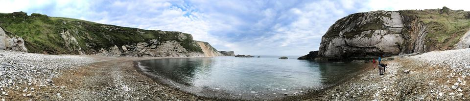 panorama of the beach at durdle door