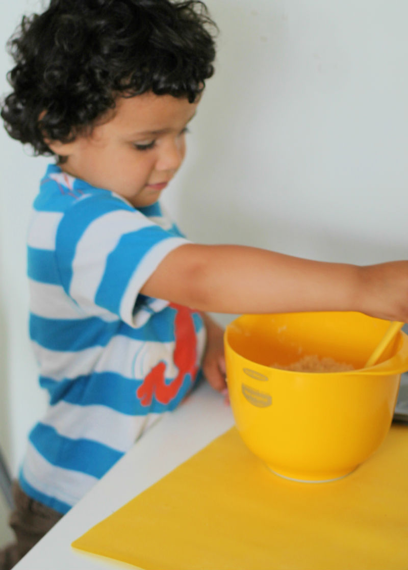 kids in the kitchen - baking with an easy jam tart recipe