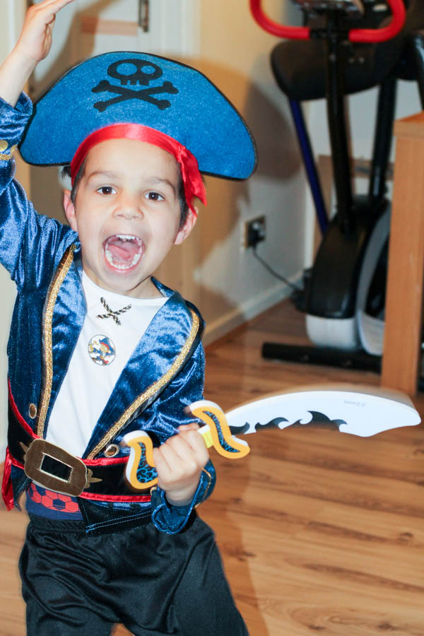 pirate costume for world book day