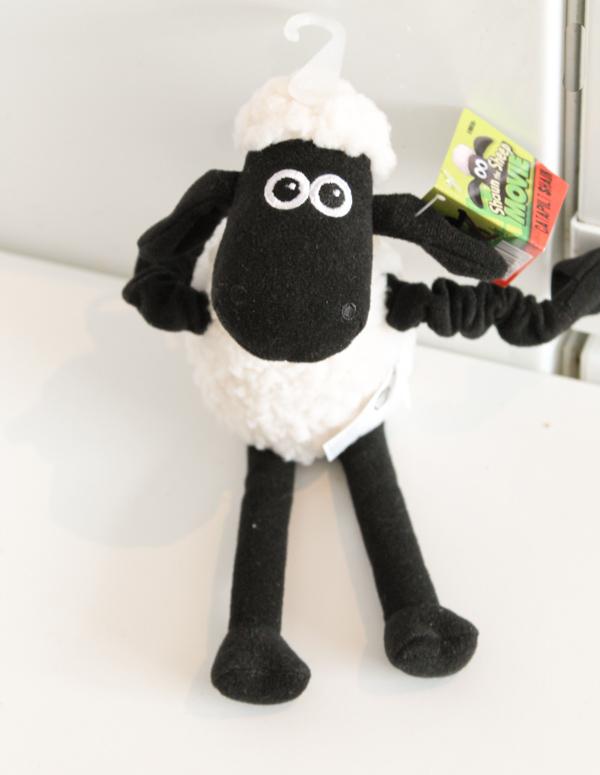 shaun the sheep catapulting shaun