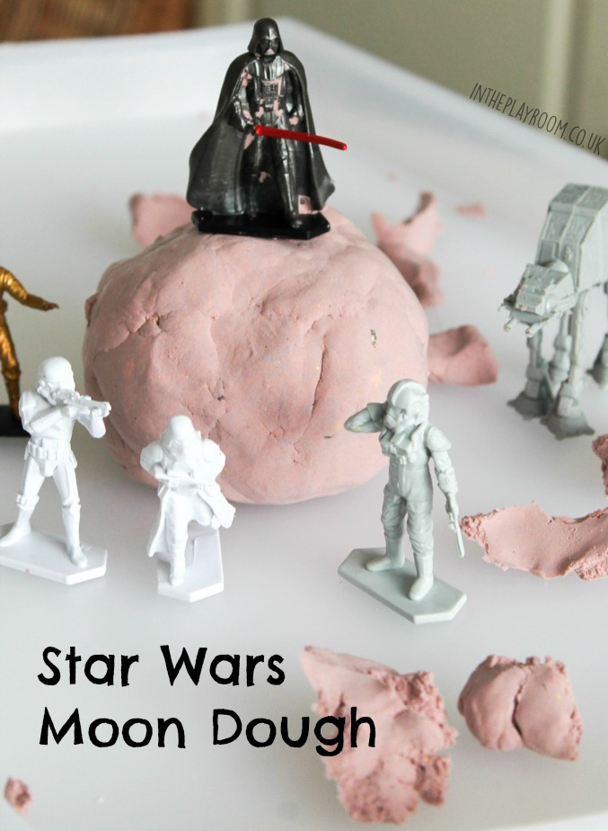 Star wars moon dough. Fun Star Wars themed sensory play activity for kids. Super easy to set up