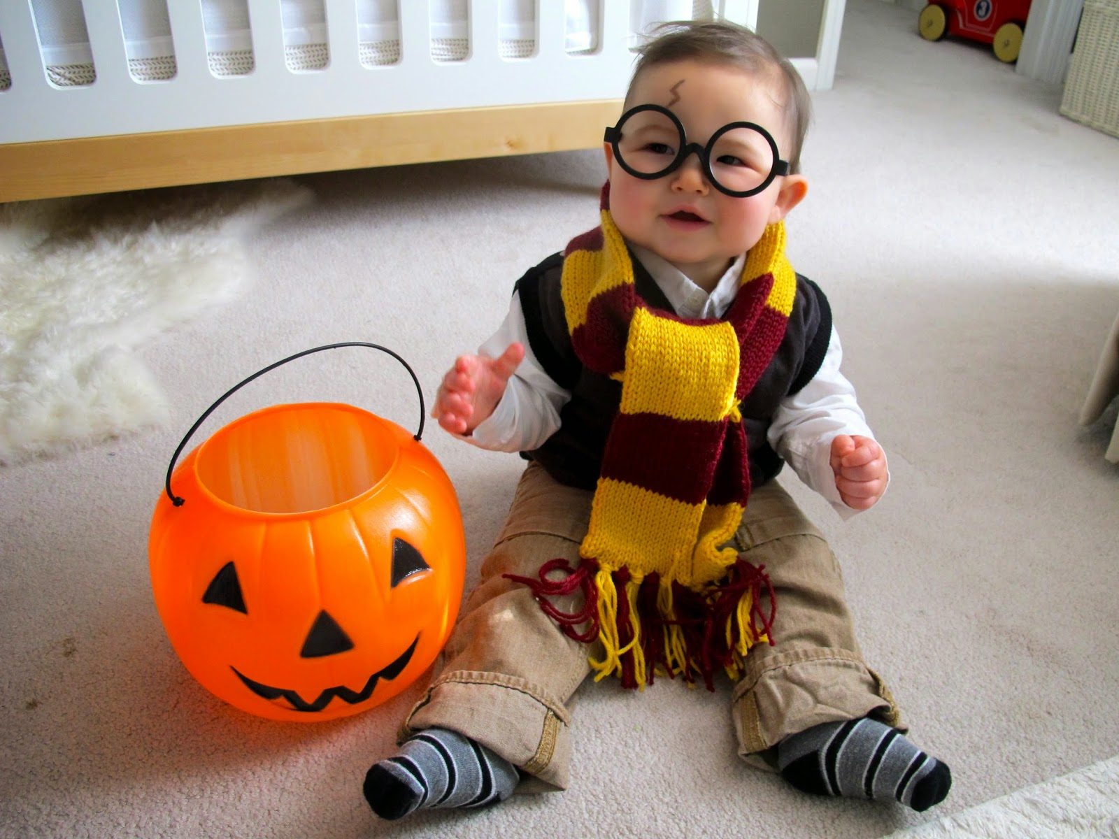 baby harry potter halloween costume from Love and Lion