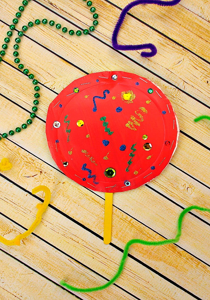 Easy and fun Paper plate chinese new year shaker craft for kids to make.