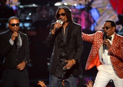 "NEW MUSIC FROM SNOOP DOGG FT. NELLY, PHARELL, CHARLIE WILSON – ""FEET DON'T FAIL ME NOW"""
