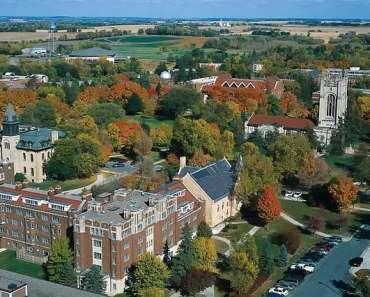 carleton-college-142708_640.jpg
