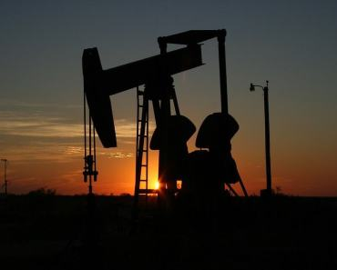 oil and real estate prices