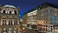 Sacher Front Night © Hotel Sacher Wien