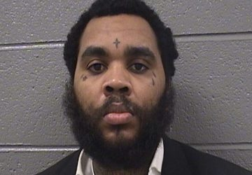kevin gates checks himself into chicago jail