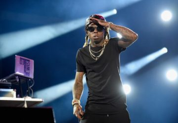 lil wayne frustrates fans with delayed florida concert