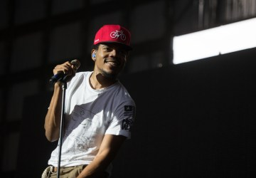 chance the rapper disses joe budeen during concert