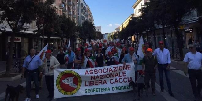 Protesta libera caccia abruzzo
