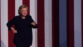 TOPSHOT-US-POLITICS-ELECTION-CLINTON