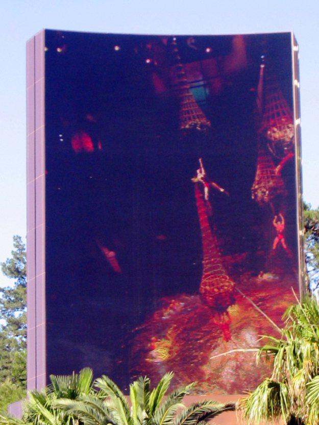 Wynn Las Vegas sign Le Reve