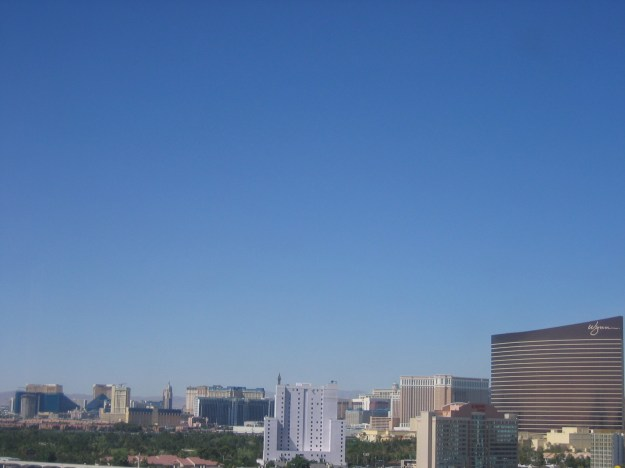 Hilton Las Vegas room view-001