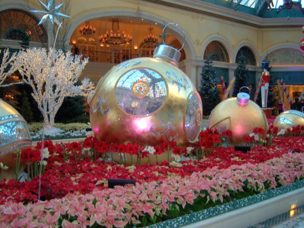 Bellagio Conservatory Chrsitmas ornaments Las Vegas Nevada