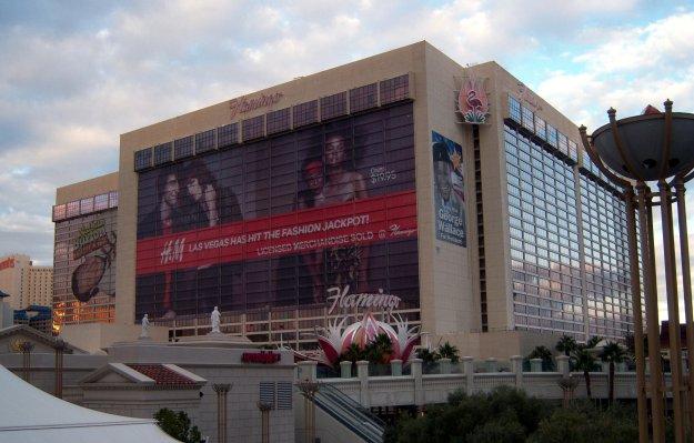 Flamingo Las Vegas with h&m wrap