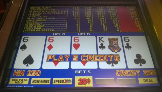 excalibur-vegas-four-of-a-kind-sixes