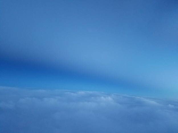 view of daylight from flight to las vegas