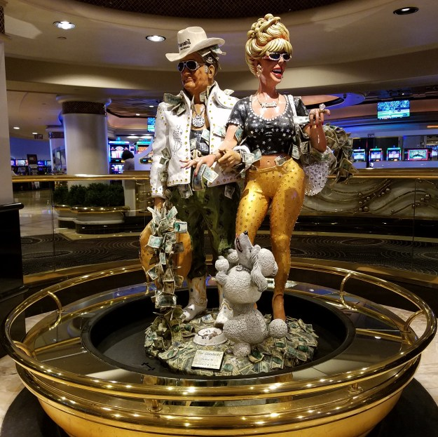 buck and winnie status harrahs las vegas